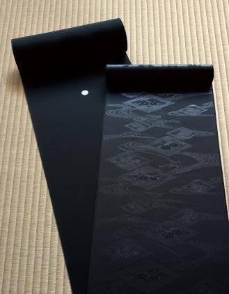 東京ますいわ屋 オリジナル黒紋付 装いの礼装 万葉黒 反物